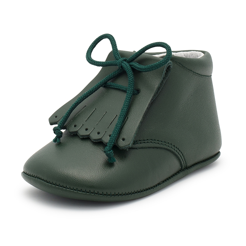 Leather booties with fringes for babies