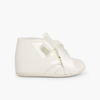 Patent Leather Booties for Baby with Bow Beige