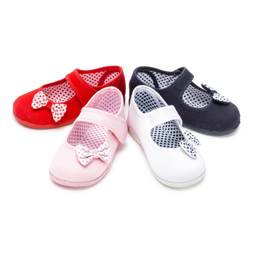 Polka Dots loop fasteners and Bow Mary Janes
