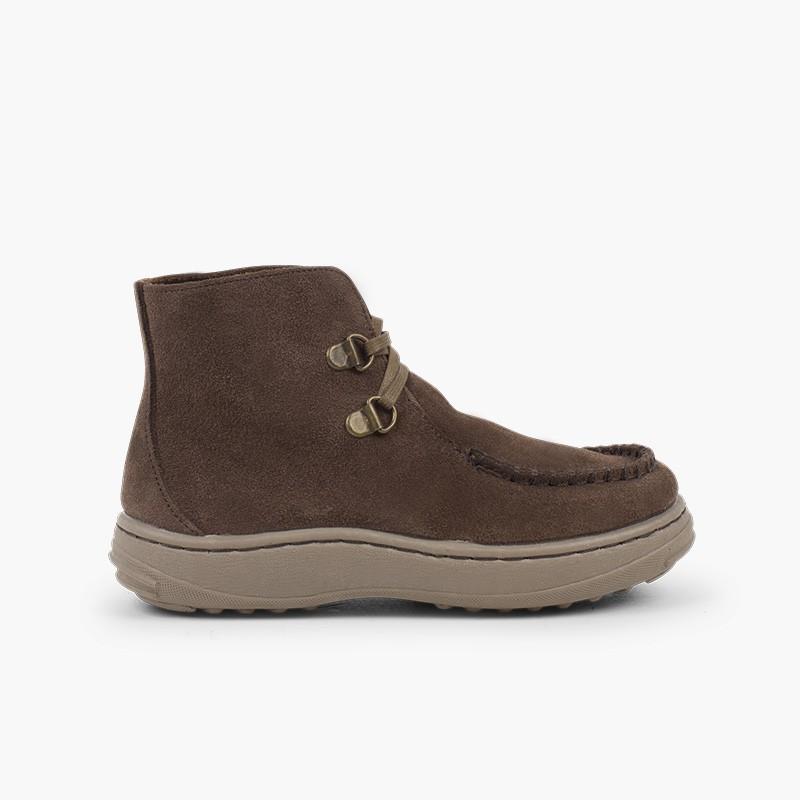 Kiowa laced boots with non-slip sole